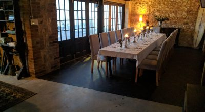 Rivers End Retreat luxe rustic wedding venue in river port town of Goolwa, Fleurieu Peninsula, ideal for intimate open air dinner and boutique small group accommodation.
